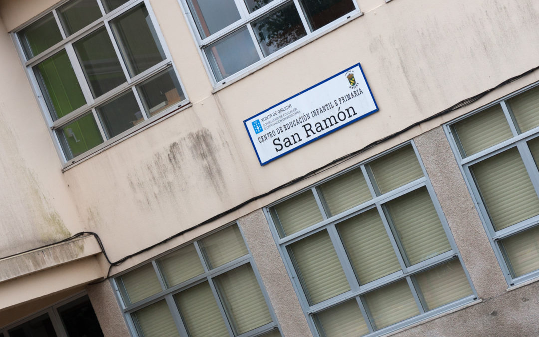 O Concello distribúe máis de 9.000 euros en 63 bolsas para estudo e desprazamentos