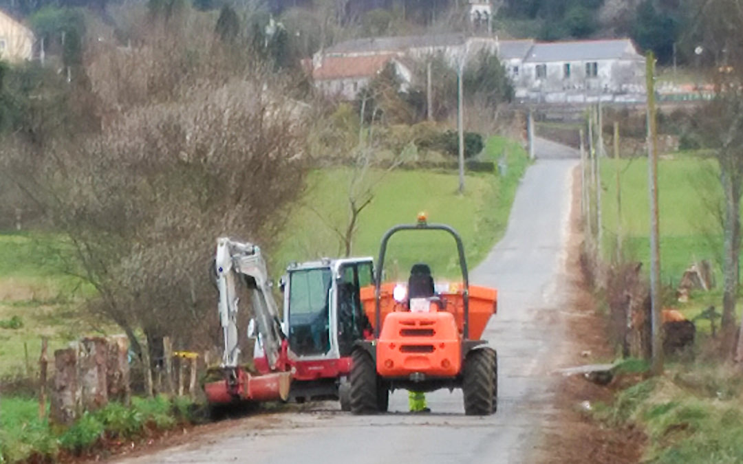O Concello inicia a reparación da estrada entre Labacengos e Loira