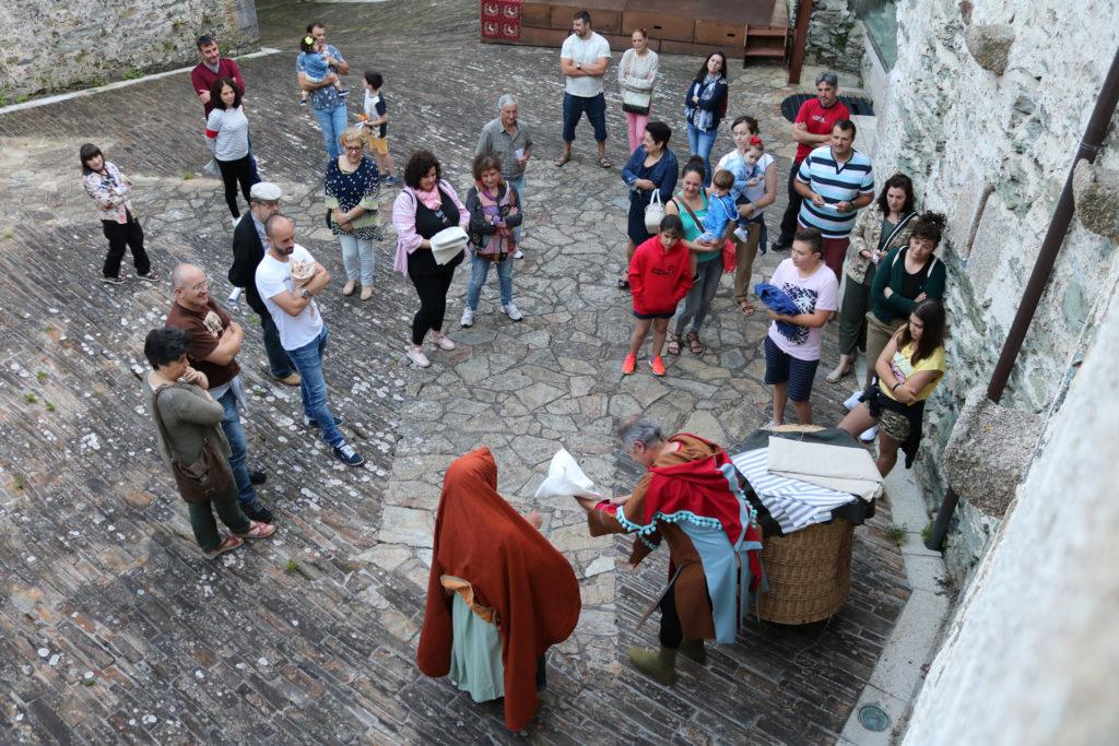 Teatro, xeoloxía, mercado, madeira… e resina para unha intensa fin de semana en Moeche