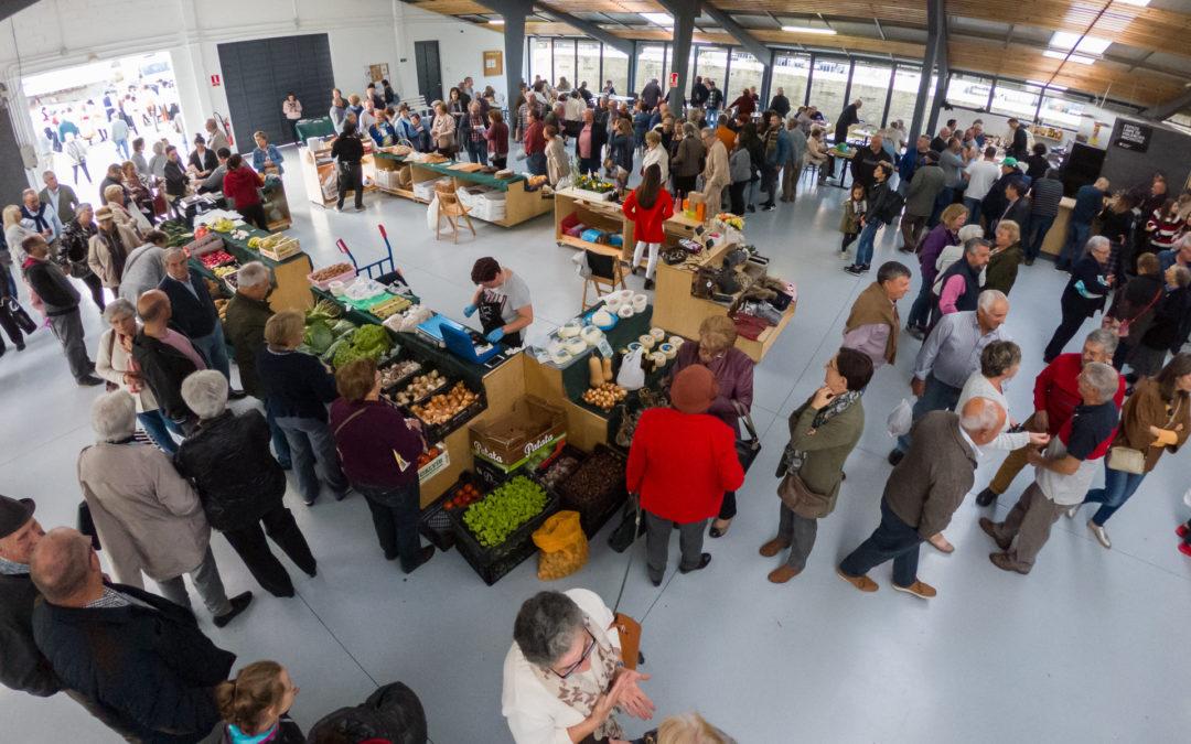 O Mercado de Moeche celebra este sábado un ano de vida