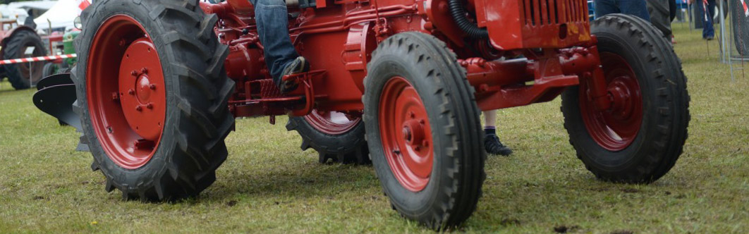 ITV de maquinaria agrícola en Moeche no mes de maio