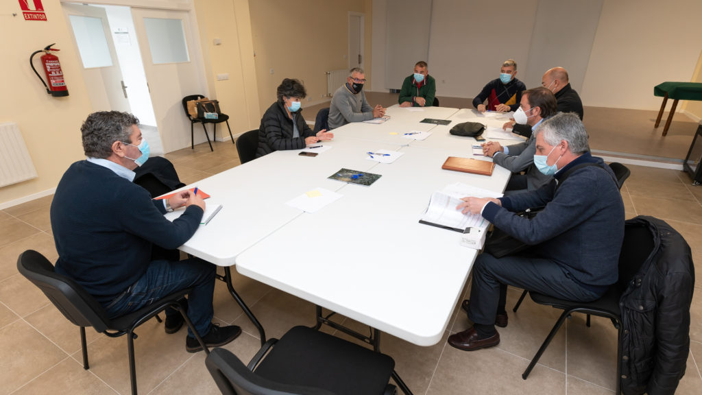Os concellos do eixo ferroviario Ferrol-A Mariña demándanlle a RENFE o restablecemento inmediato dos servizos e frecuencias interrompidos pola pandemia