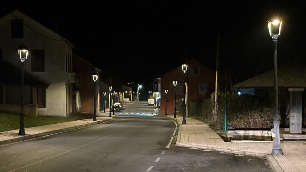 O Concello ultima a renovación da iluminación LED na maior parte do centro urbano